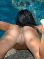 Trista gets naked out by the pool